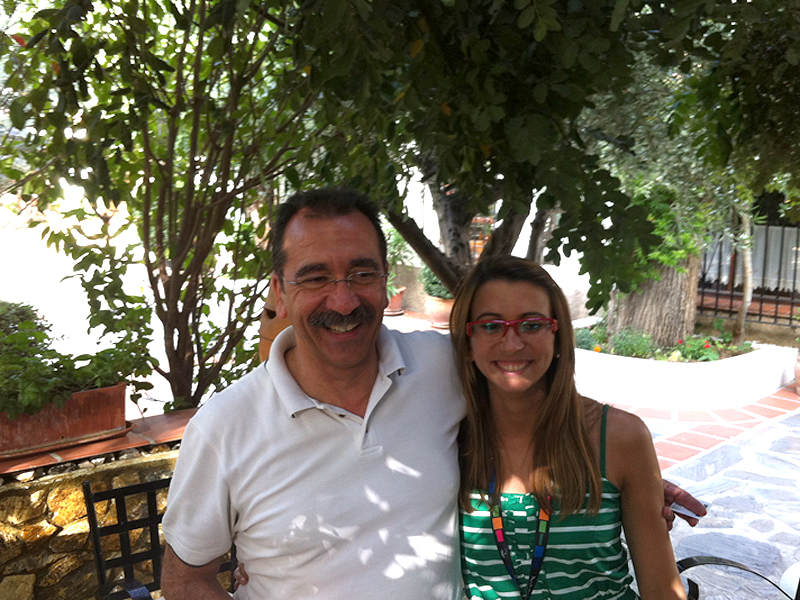 Gonzalo y Amanda, padre e hija regentando el negocio