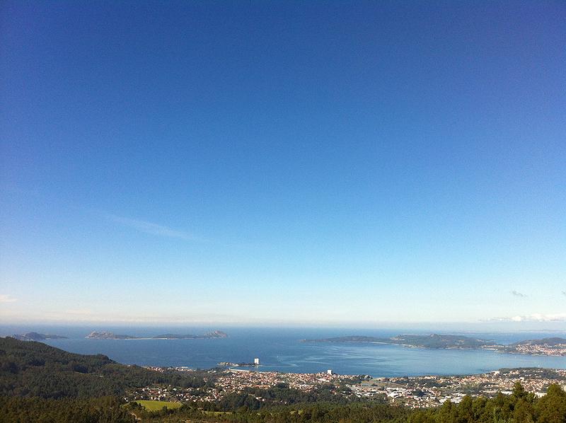 Vistas desde el Mirador do Cepudo, Vigo