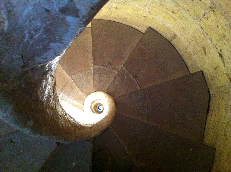 Escaleras de acceso al campanario de la Iglesia Prioral de Sant Pere