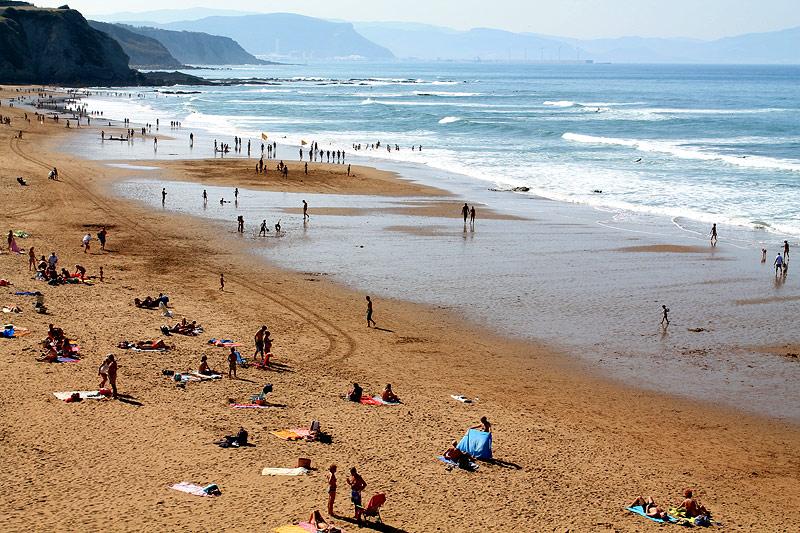 Playa de Sopela en Bizkaia Costa Vasca