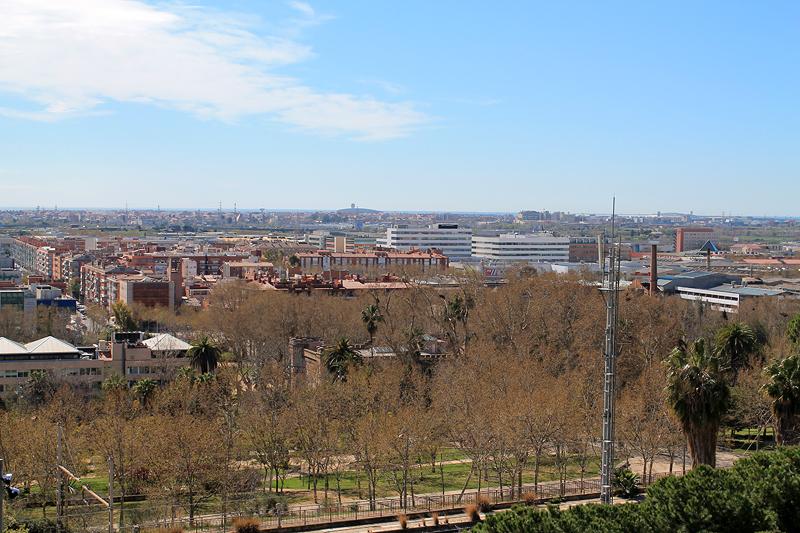 Vistas sobre el parque, y el Aeropuerto al fondo