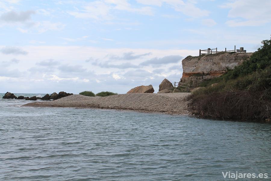 Mirador sobre la desembocadura del río Sénia