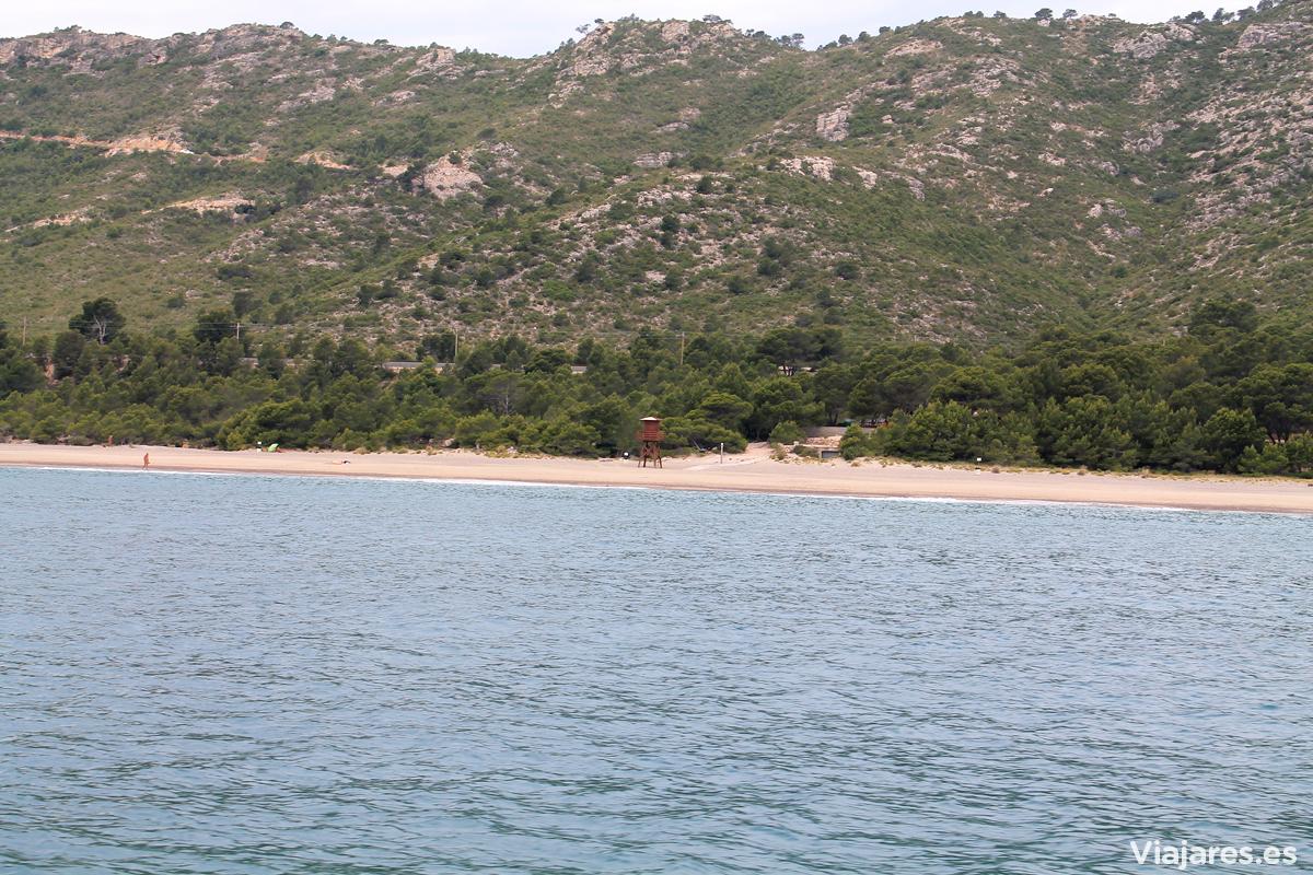 La playa de El Torn es una de las más destacadas de Hospitalet de l'Infant