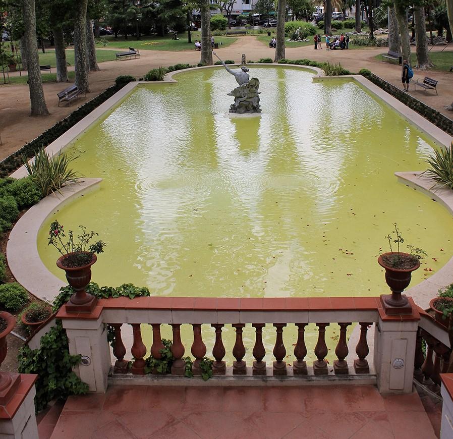 Los jardines del Palau Falguera son un espacio de tranquilidad en medio de la ciudad