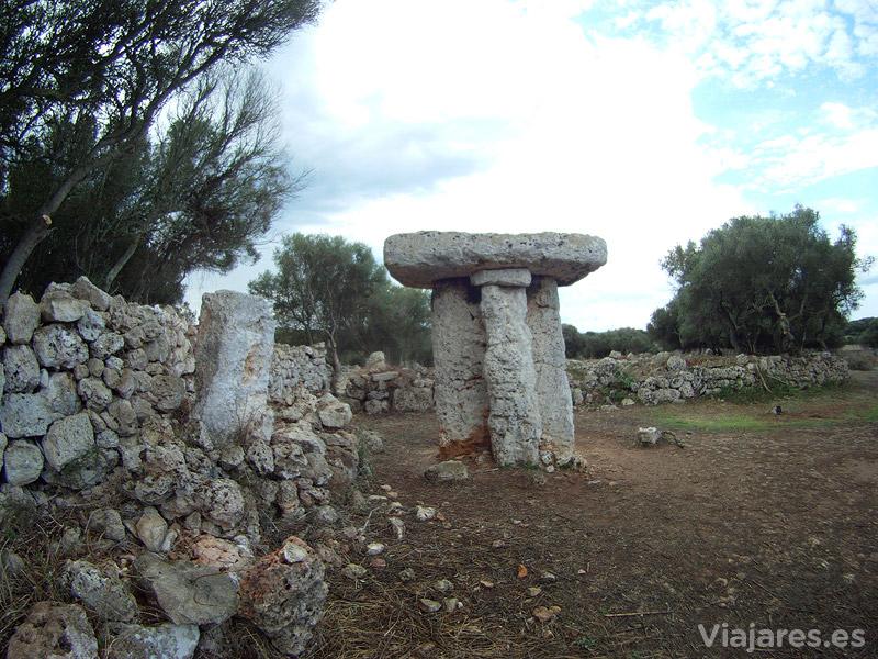 Taula del conjunto de Torretrencada, Menorca