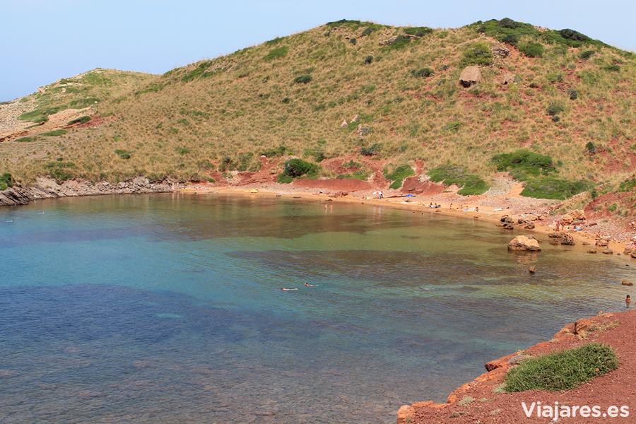 Una de las dos playas de Cavalleria en Menorca