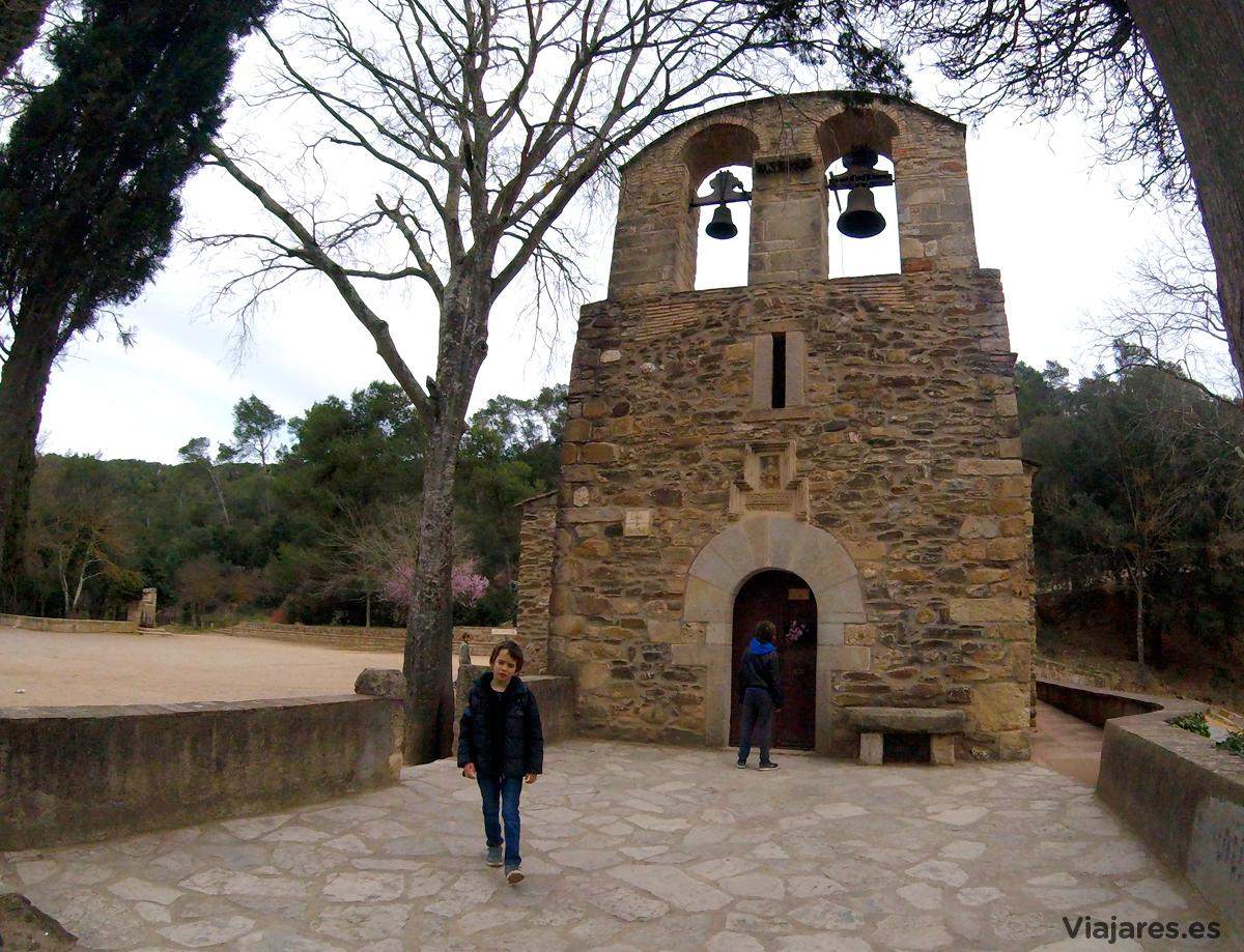 Fachada de la Ermita de Sant Medir