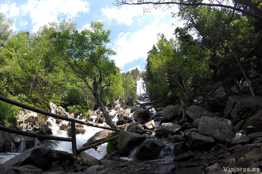 Cascada de Ratera en Aigüestortes