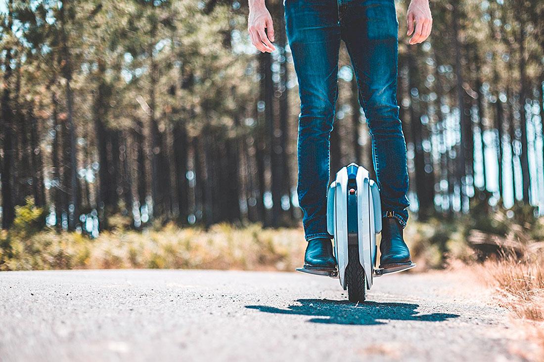 Monociclo con tecnología giroscópica
