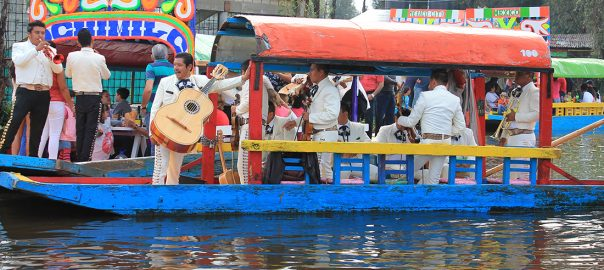 Los Mariachis amenizan el recorrido