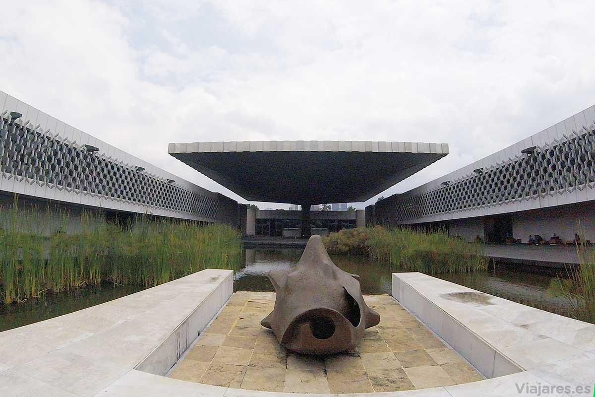 Detalles del singular edificio del museo