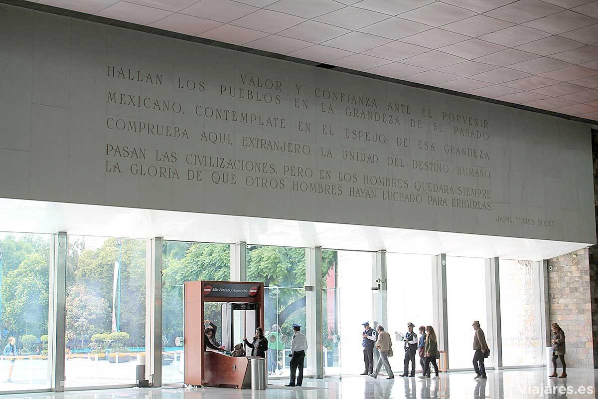 Hall del Museo Nacional de Antropología en Ciudad de México
