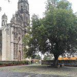 Plaza en los aledaños del templo de San Francisco Javier