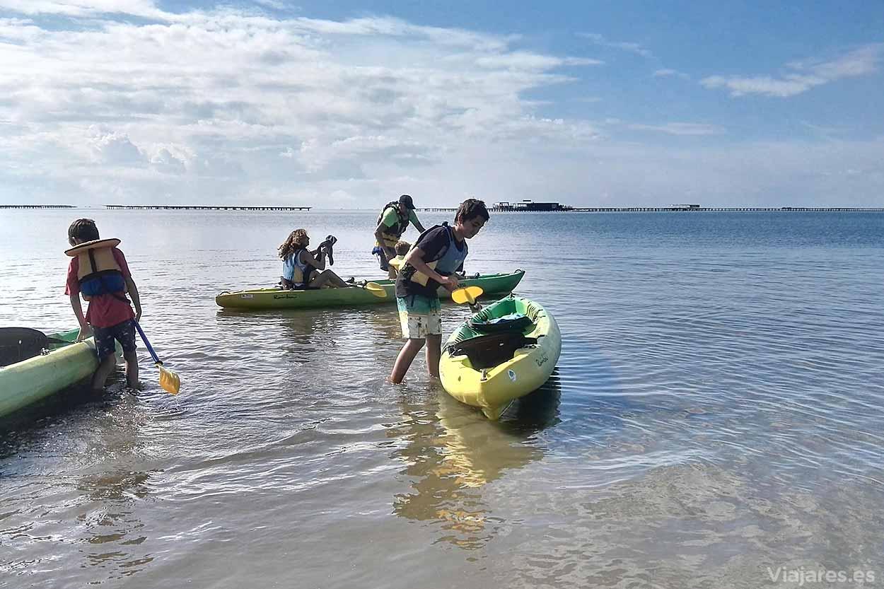 Navegar en kayak con niños